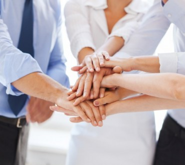 MONTHLY PEER GROUP FORUMS (10-12 PEOPLE)